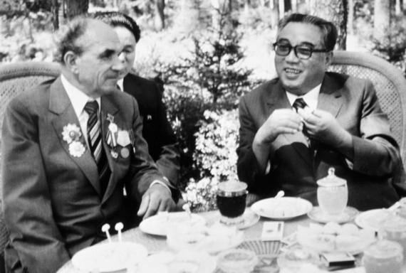 Встреча Ким Ир Сена со своим спасителем Яковом Новиченко.