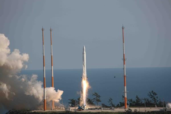 запуск  KSLV-1 с космодрома Наро