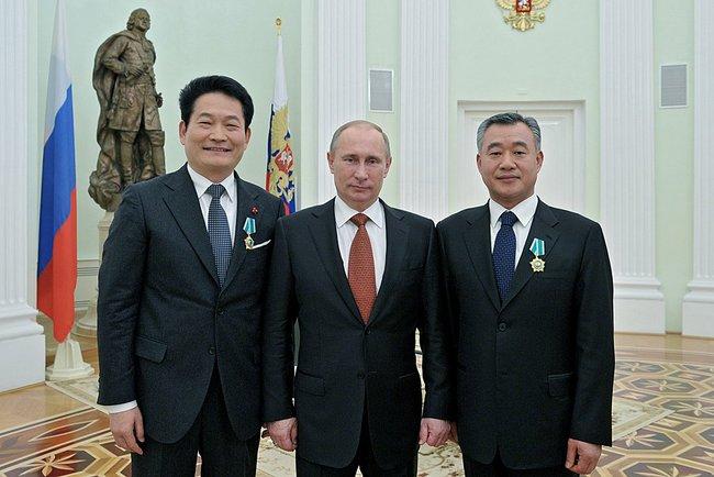 Выступление на церемонии вручения ордена Дружбы мэру южнокорейского города Инчхона Сон Ён Гилю и почётному Генеральному консулу Российской Федерации в Инчхоне Чон Хону.
