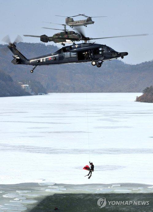 Южная Корея закупает российские и американские вертолеты. Фото: Ренхап.