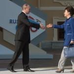 Пак Кын Хе получила приглашение России на 70-летие победы в ВОВ