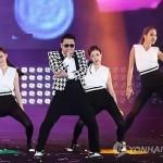 Клип Сая (Psy) Gentleman набрал более 100 млн. просмотров