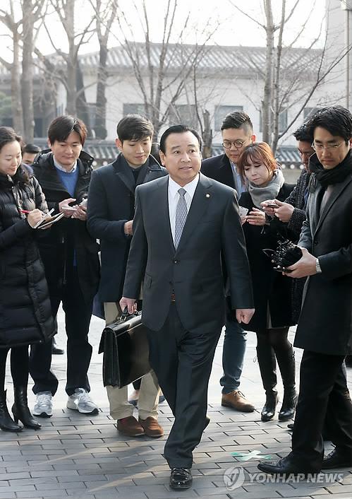 Назначенный премьер-министром Ли Ван Гу готовится к слушаниям