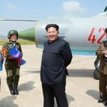 Лидер КНДР наблюдал за полетом первых в стране летчиц сверхзвуковых истребителей