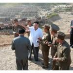 Лидер КНДР Ким Чен Ын посетил пострадавший от наводнений город Расон