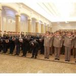 Лидер КНДР в первый день нового года почтил память Ким Ир Сена и Ким Чен Ира