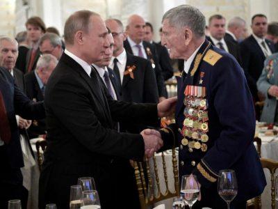 Генерал Крамаренко удостоился  особой чести на приеме в Кремле