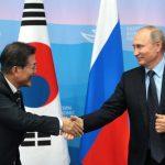 Президент России Владимир Путин направил новогоднее поздравление президенту РК Мун Чжэ Ину