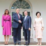 Президент РК подтвердил стремление к проведению очередного межкорейского саммита