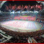 """Тысячи туристов приезжают в КНДР на представление """"Страна народа"""""""