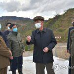 Премьер-министр Ким Док Хун ознакомился на месте с положением дел разных отраслей сунчхонской местности